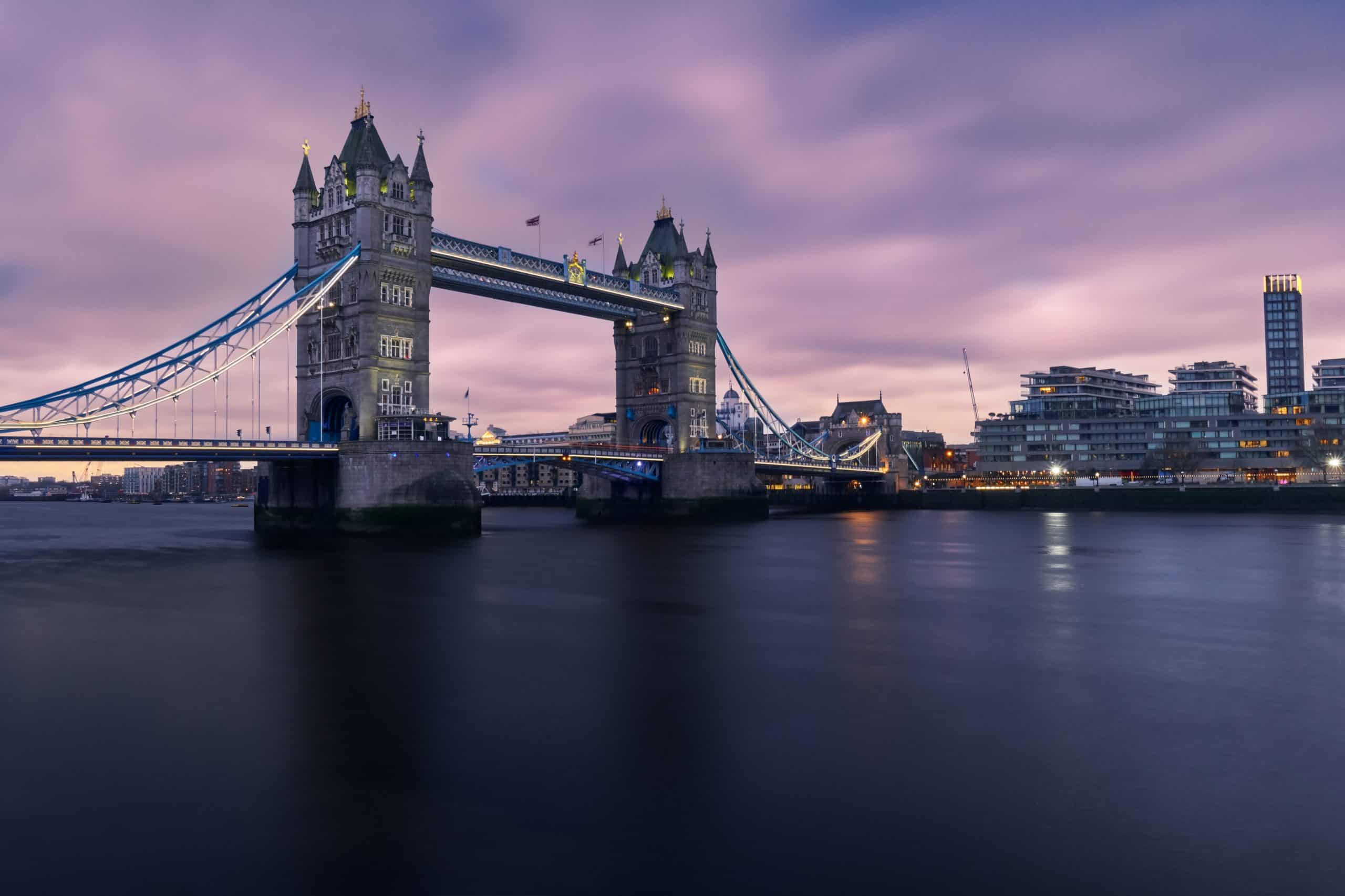 Tips To Travel Safely To London